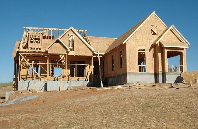 Американские домостроители неспешат уходить издеревянного строительства